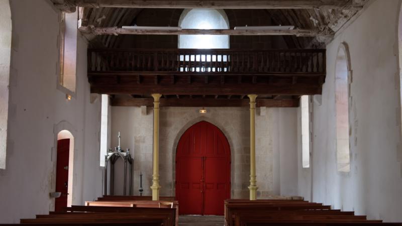 2019_07 intérieur de l'église Notre Dame à Bieuzy